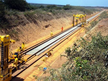 Informações sobre o projeto já foram disponibilizadas no site da ANTT,  desde segunda-feira, para contribuição dos interessados  ferrovia vai  atravessar 25 ... b668c4a13f